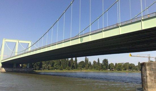 Rodenkirchen, Köln, der Rhein und die Riviera 4