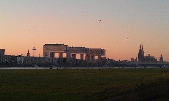 Der neu gestaltete Rheinauhafen in Köln 1