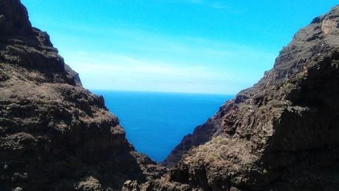 Felsen, Berge, Schluchten: auf La Gomera wandern