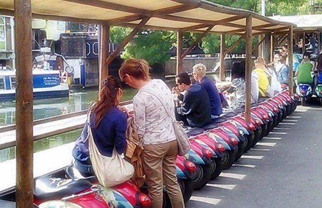 Camden Town - Rollersitzplätze