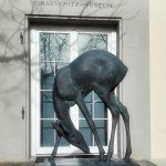 Figur vor dem Fritz von Graevenitz Museum