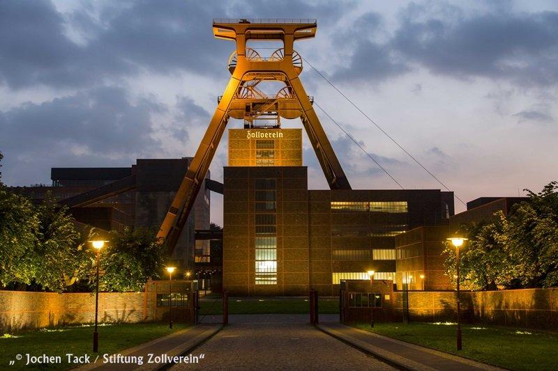 Zeche Zollverein - Schacht XII mit Doppelbock