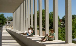 Literaturmuseum der Moderne in Marbach - Säulengang