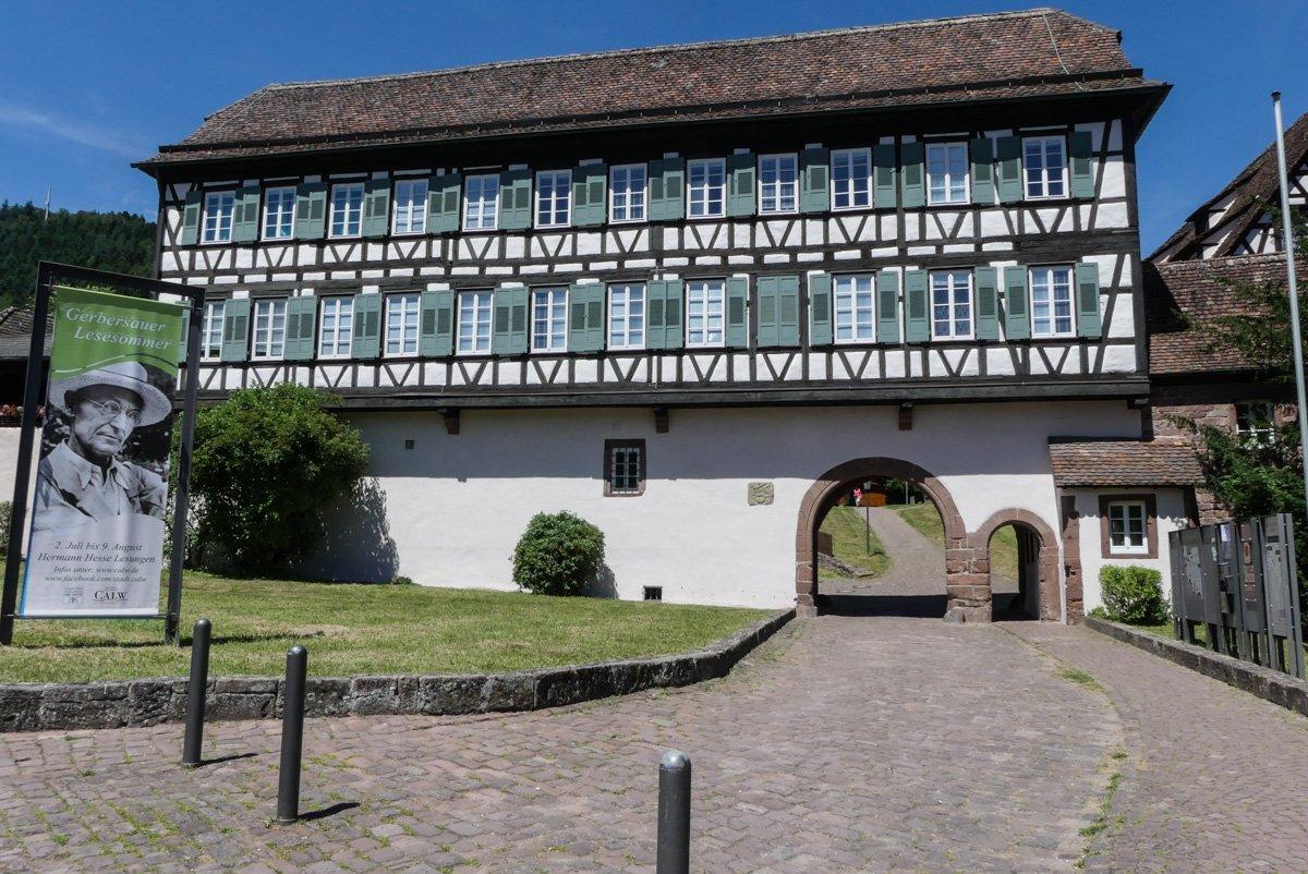 Kloster Hirsau - unterer Eingang mit Fachwerkhaus