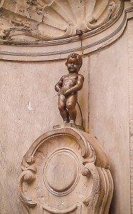 Das Manneken Pis in Brüssel: Kleiner Brunnen, großer Auflauf