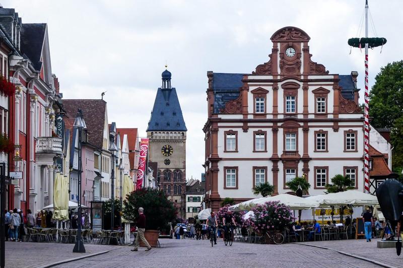 Zum Goldenen Hirsch Speyer Königlich Genießen In Der Kaiserstadt