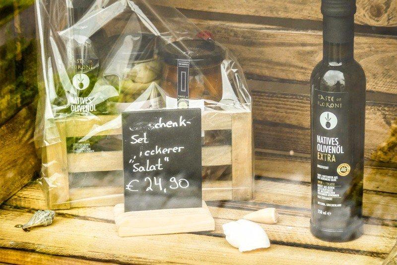 Taste-of-Koroni-Stuttgart-Feuerbach-Blick-in-das-Schaufenster-1