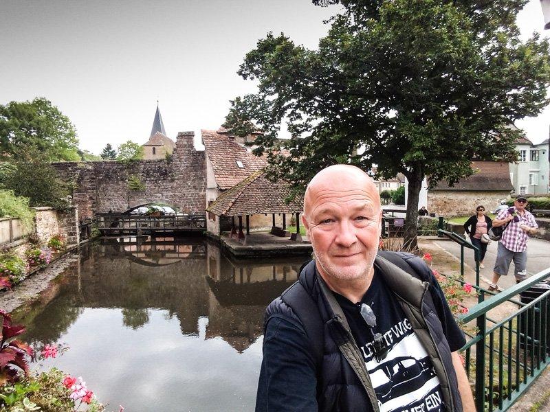 Wissembourg - Frankfreich Elsass - Selfie Stick Premiere