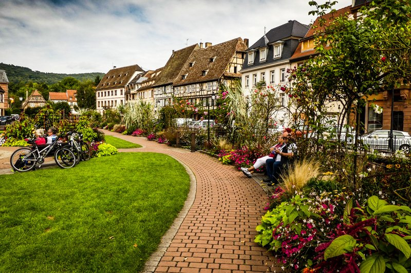 Wissembourg - Frankfreich Elsass - parkähnliche Anlage entlang der Lauter