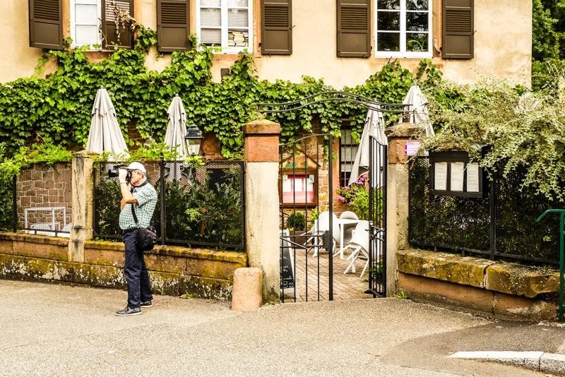 Das-Restaurant-Caveau-du-Châtelet-in-Wissembourg-Blick-Richtung-Eingangsbereich-1