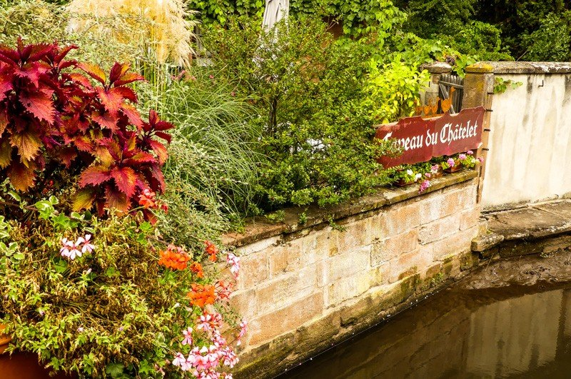 Das-Restaurant-Caveau-du-Châtelet-in-Wissembourg-Blick-Richtung-Terrasse-1