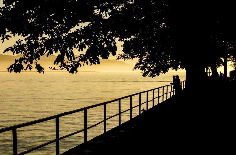 Sonnenuntergang in Lindau am Bodensee - belieber Aussichtspunkt am Schützingerweg