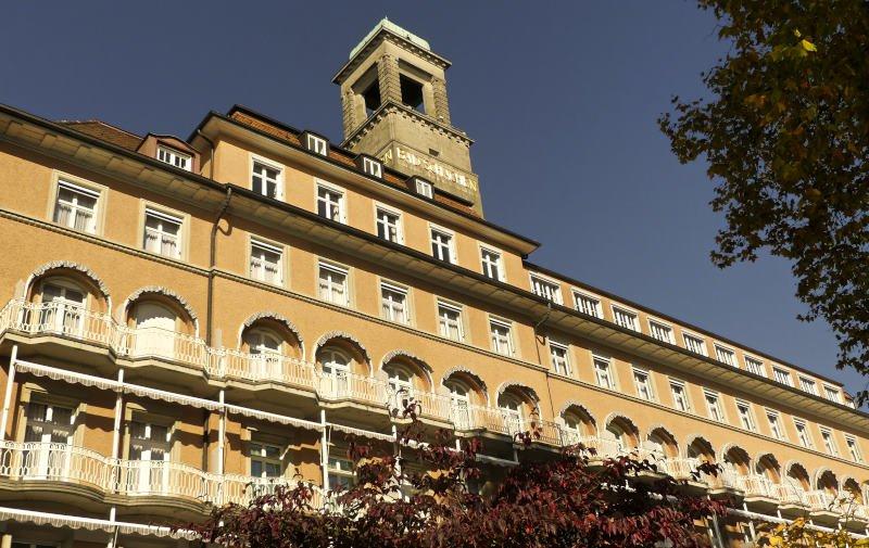 Wanderung von Nonnenhorn nach Linda - das Hotel Bad Schachen nach Saisonschluss