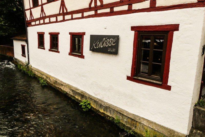 Die-Kulisse-Ulm-Cafe-und-Pub-seitliche-Ansicht-1