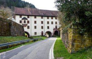 In idyllischer Lage: das Kloster Wittichen im Schwarzwald