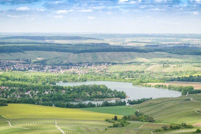 Der-Breitenauer-See-Naherholungsgebiet-und-Badesee-Blick-von-der-Burgruine-Löwenstein-aus