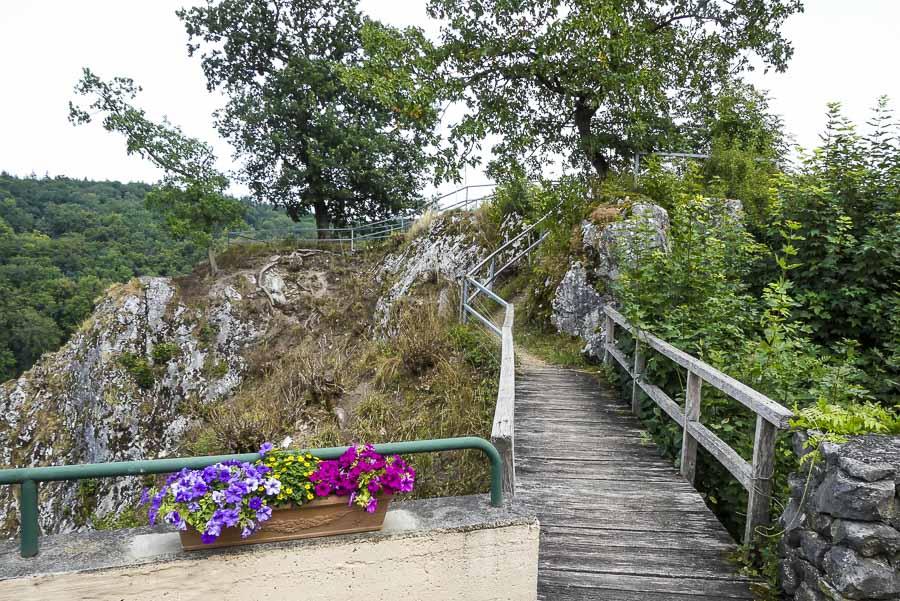 Das Eselsburger Tal - die Aussichtsplattform bei der Domäne Falkenstein