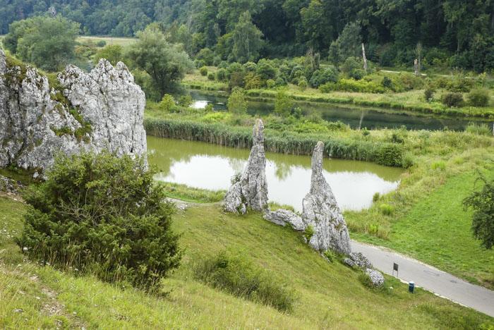 Das Eselsburger Tal - die Brenz im Bogen - Blick auf die eisernen Jungfrauen