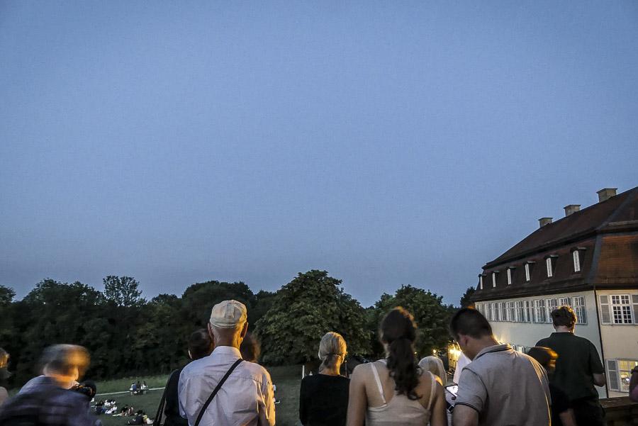 Mondfinsternis Gerlingen - Juli 2018 - Schloss Solitude - Warten auf das Jahrhundertereignis