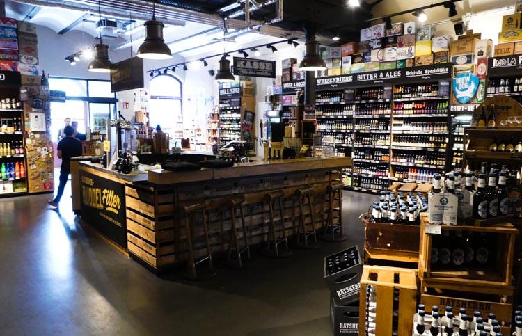 Ratsherrn-Craft-Beer-Store-in-Hamburg-großzügige-Räumlichkeiten-1-von-1