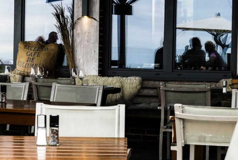 Inselfeeling-Sylt-das-BeachHouse-auf-der-Terrasse