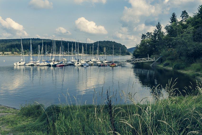 ochschwarzwald - 3-Seen-Tour - der Schluchsee mit kleinem Hafen