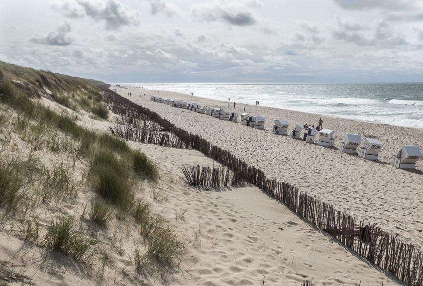 Sylt - Uferpromenade Westerland - die letzte Reihe an Strandkörben