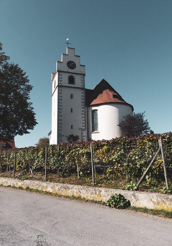 Gaienhofen Horn und die Hornspitze auf der Höri - die St Johann Kirche in Horn