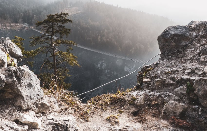 Die Hängebrücke Highline 179 bei Reutte in Tirol