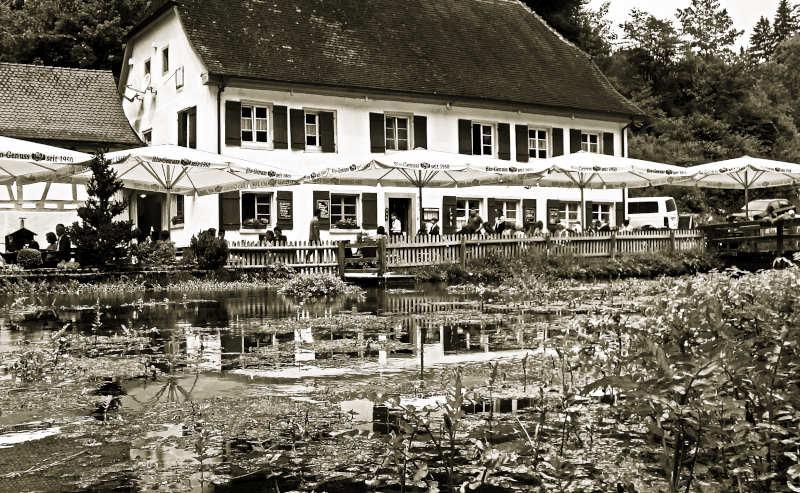 Der Gasthof Friedrichshöhle bei der Wimsener Höhle - Hayfingen