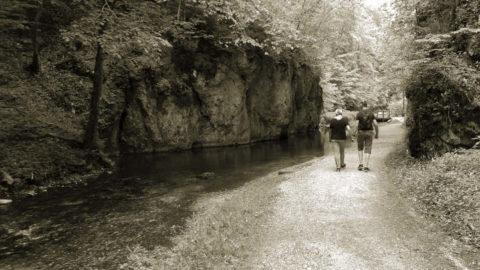 3 Tipps für eine Wanderung rund um die Wimsener Höhle