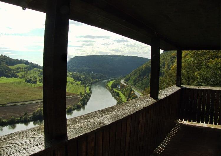4 Burgen Wanderung Neckarsteinach - super Blick am Neckar entlang