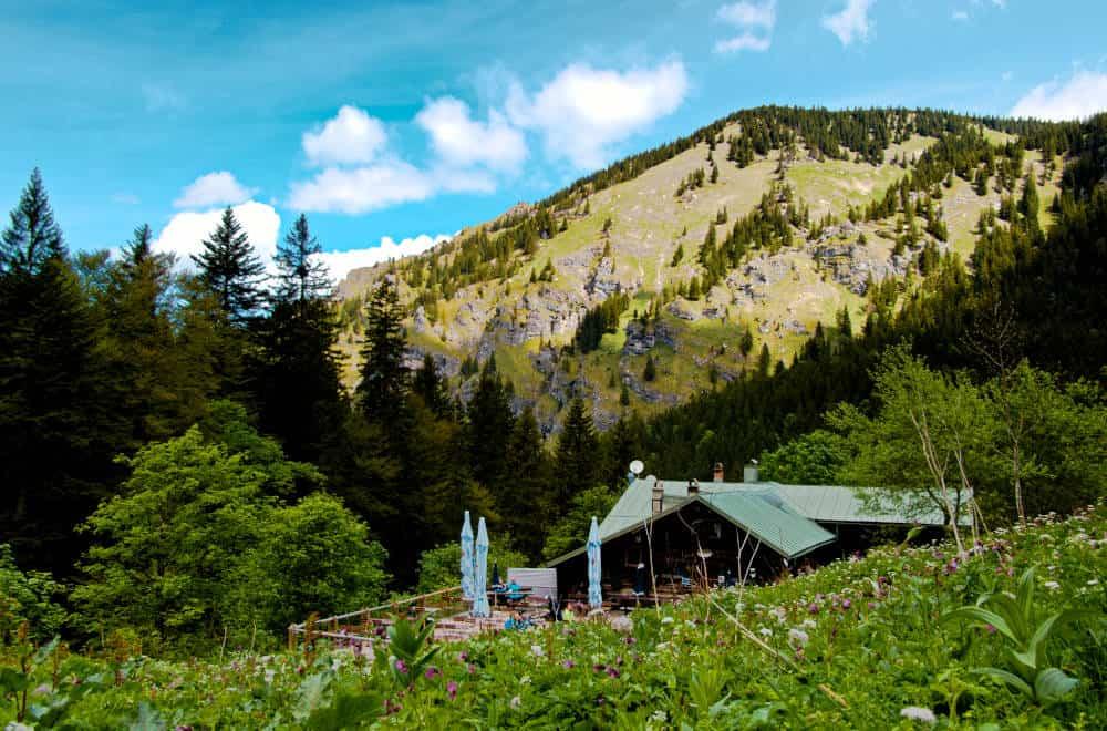 Kenzenhütte Halblech - eingebettet in das Ammergebirge mit super Ausblick