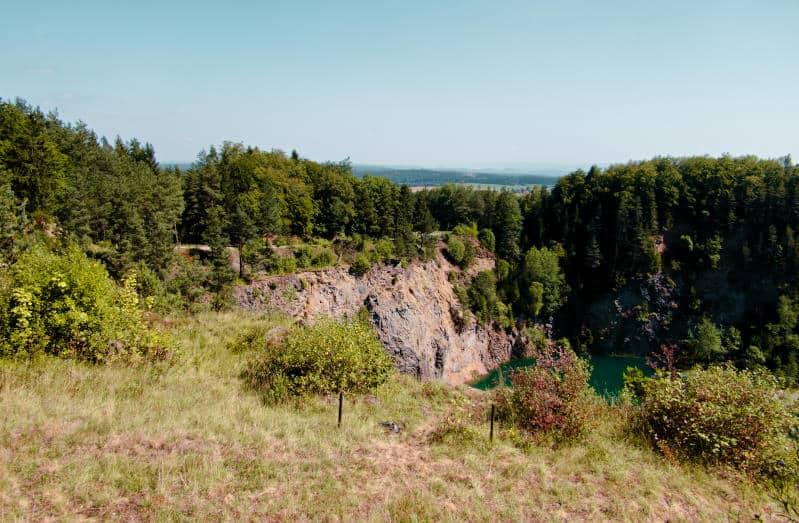 Höwenegg Kratersee - mit Fernblick Richtung Bodensee