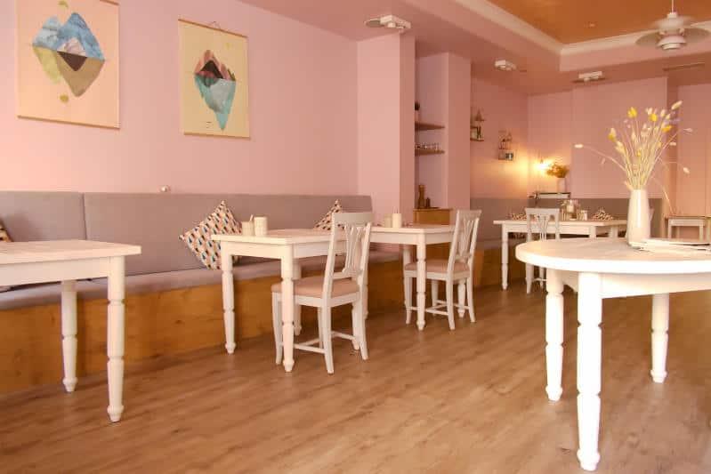 Hotel Hubers Baden-Baden - stimmungsvolles Ambiente im Frühstücksraum